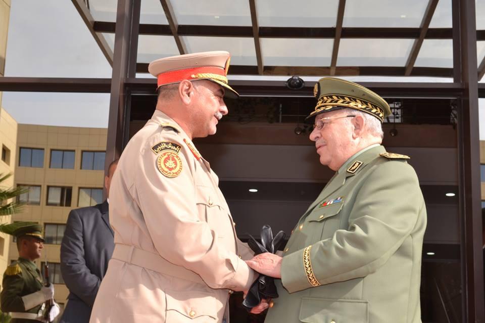 الجزائر : صلاحيات نائب وزير الدفاع الوطني - صفحة 5 30780974205_96325a1480_o