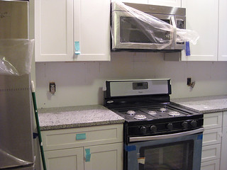 kitchen_counter(stove)