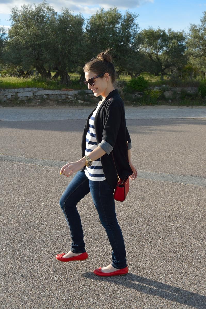 lara-vazquez-madlula-blog-style-blue-stripes
