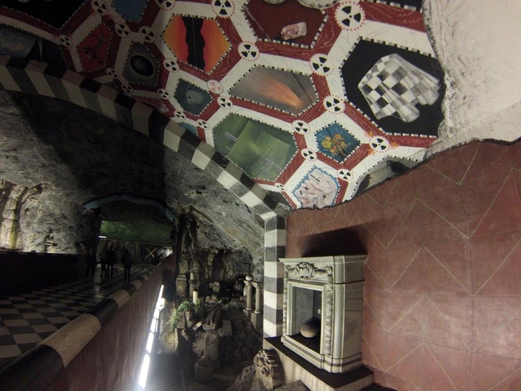 Interior de una de las estaciones del metro de estocolmo metro de estocolmo - 14242922723 1c24f9cece o - Arte en el metro de Estocolmo