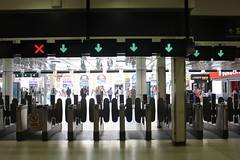 Gate lines, Charing Cross station