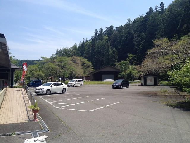 ニューいじら湖荘 駐車場