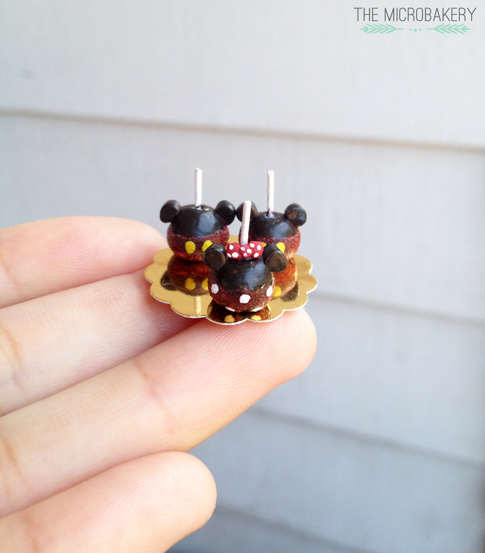 Mickey-Candy-Apple2-(W)
