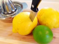 plant(0.0), clementine(1.0), citrus(1.0), orange(1.0), lemon(1.0), key lime(1.0), meyer lemon(1.0), yuzu(1.0), produce(1.0), fruit(1.0), food(1.0), tangelo(1.0), sweet lemon(1.0), citron(1.0), cuisine(1.0), lime(1.0), tangerine(1.0),