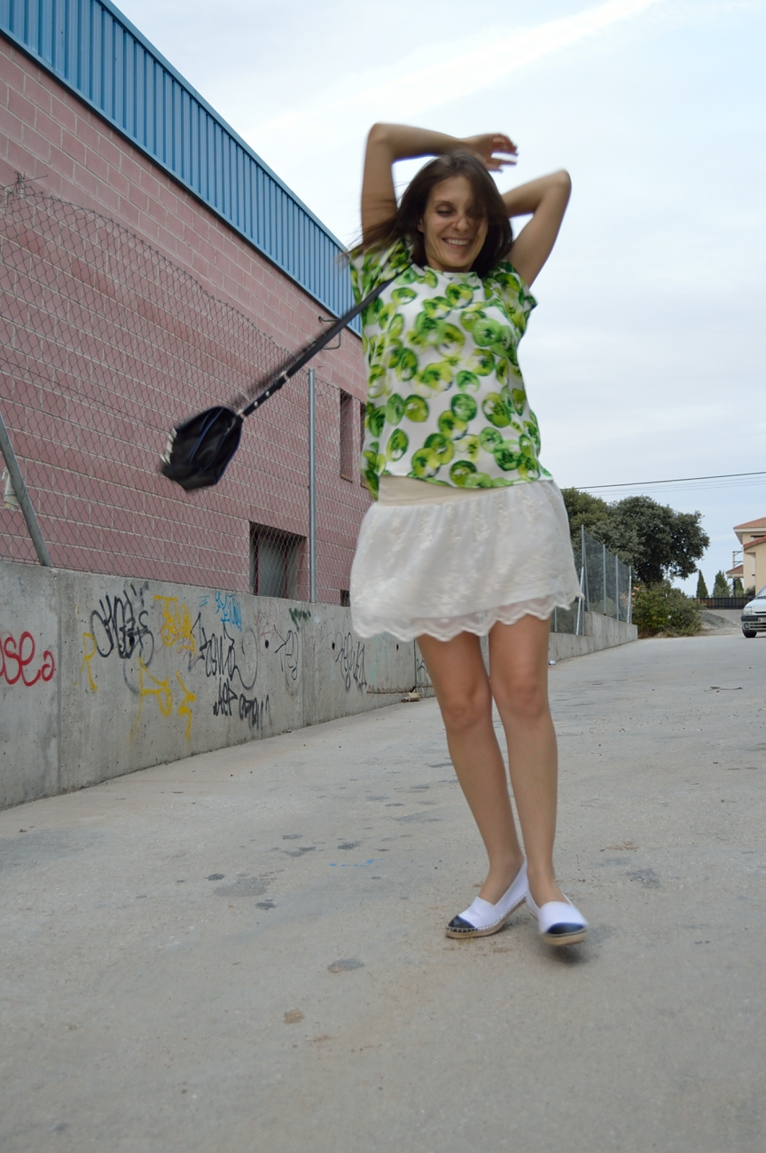 lara-vazquez-mad-lula-fashion-trends-kiwi-summer-style
