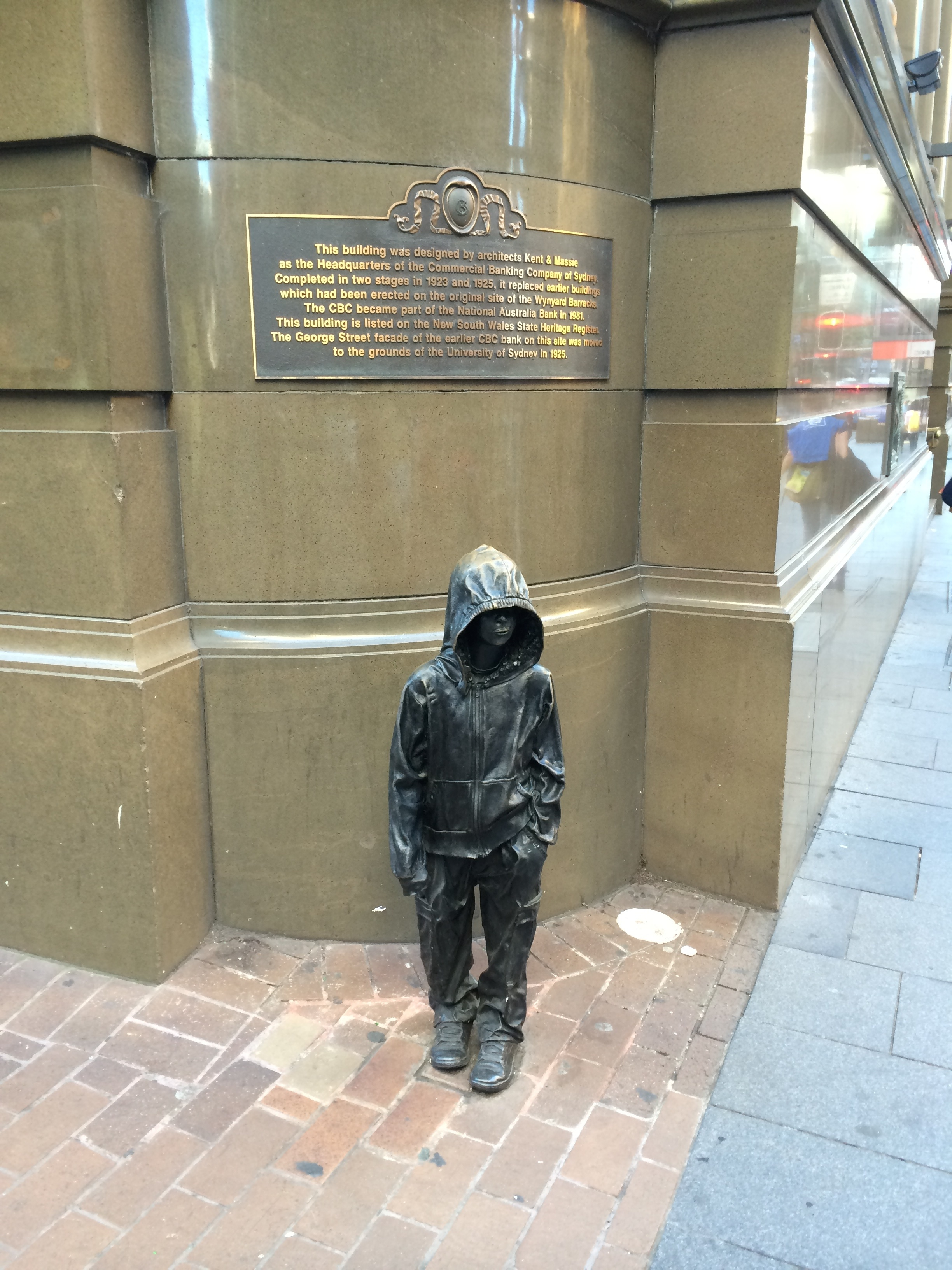 Stranded Kid in Sydney