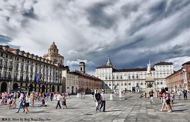 piazza castello hdr wm