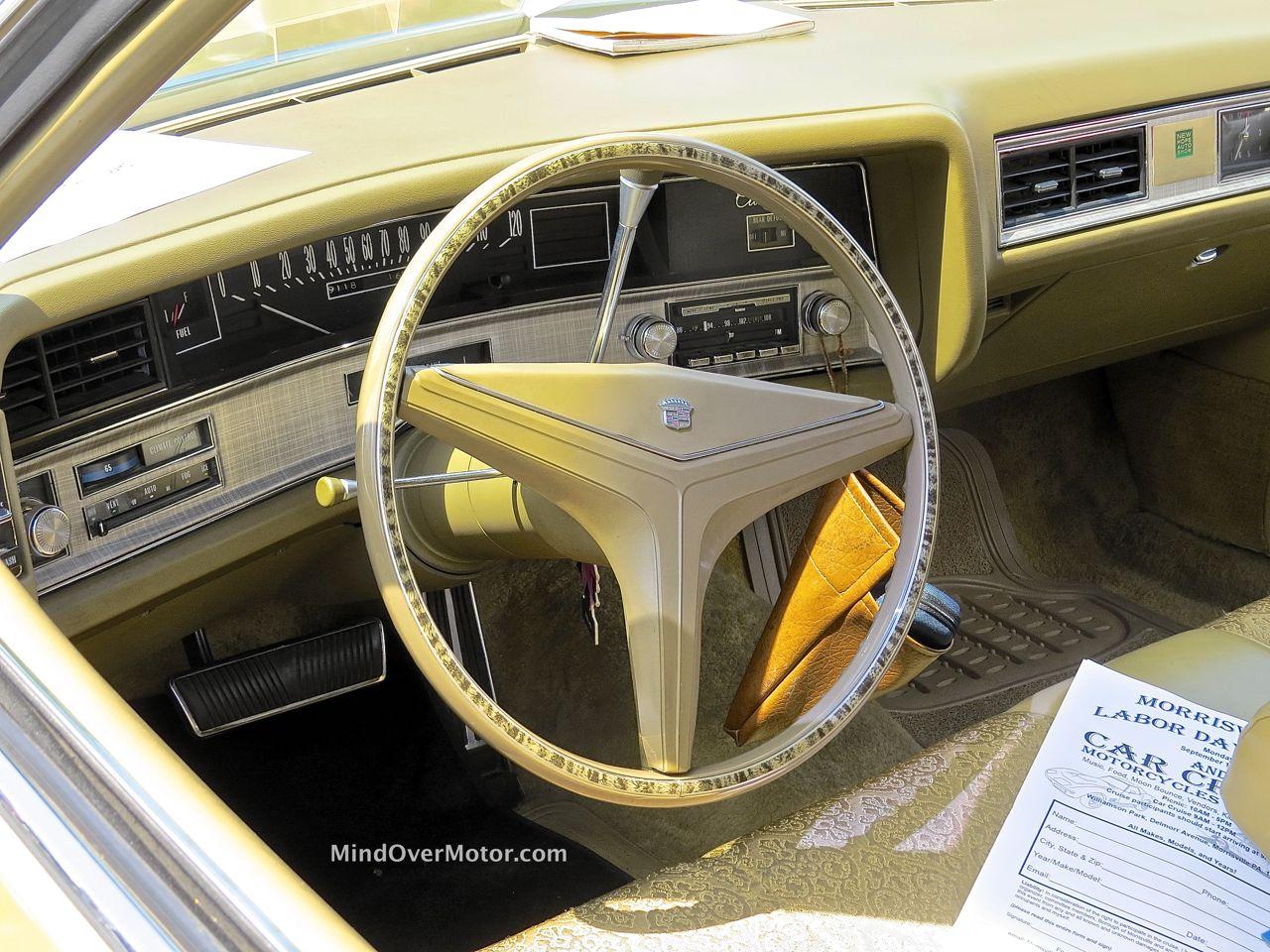1971 Cadillac Sedan DeVille Interior