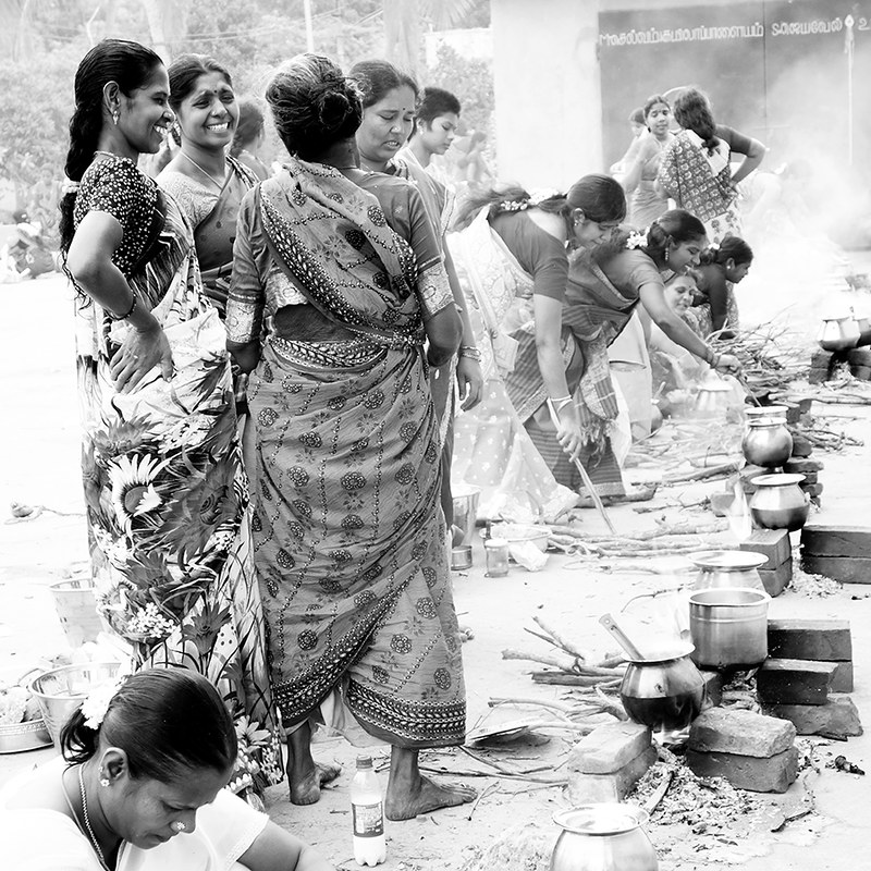 India. Cooking and talkings...