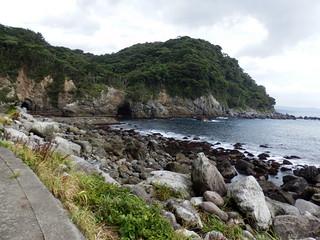 穴切湾 Anakiri Bay