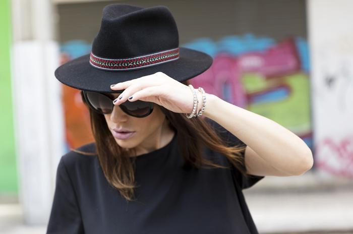 street style barbara crespo all black asymmetric romwe dress fashion blogger outfit blog de moda
