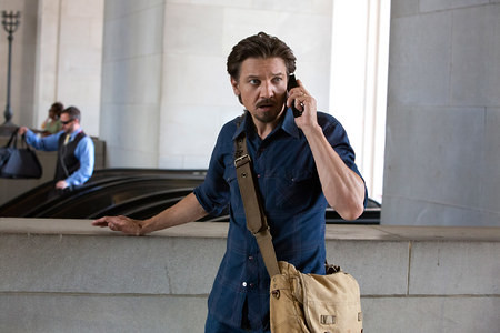 Jeremy Renner Tracks the Crack Epidemic in 5 'Kill the Messanger' Photos