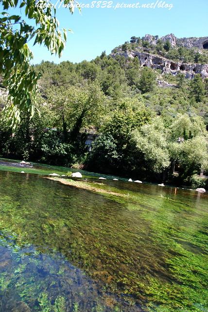 Fontaine-de-Vaucluse0003