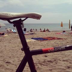 Vig'o mar quant'è bell... #cinelli #vigorelli #relax #summer #sea #vacation