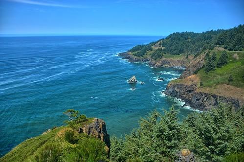 beach water oregon coast sand nikon rocks surf pacific scenic lookout pacificocean vista wife coastline oregoncoast ottercrest highway101 gaylene easyhdr nikond7100