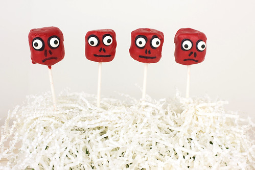 Red Skull Marshmallow Pops