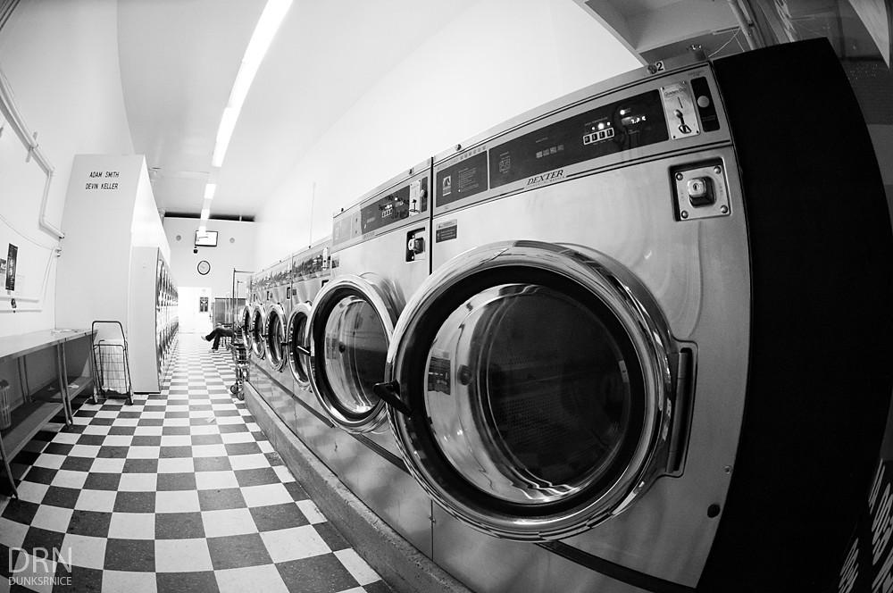 Washing B&W.