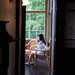 A woman in the home of a diplomat (built in 1910) in Yokohama,Japan : 横浜の女性、外交官の家