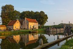 Dirksland SAS, morning sunlight