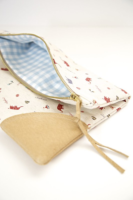 fold over pouch