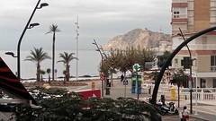 Fabulosas vistas al mar, situado en segunda línea de playa. Solicite más información a su inmobiliaria de confianza en Benidorm  www.inmobiliariabenidorm.com