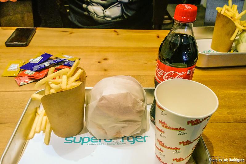 Superburger-8