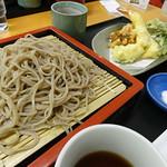 延命そばと野菜天ぷら