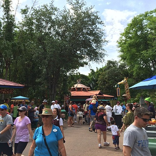 Mickey's Jammin Jungle Parade、まもなくラストラン。