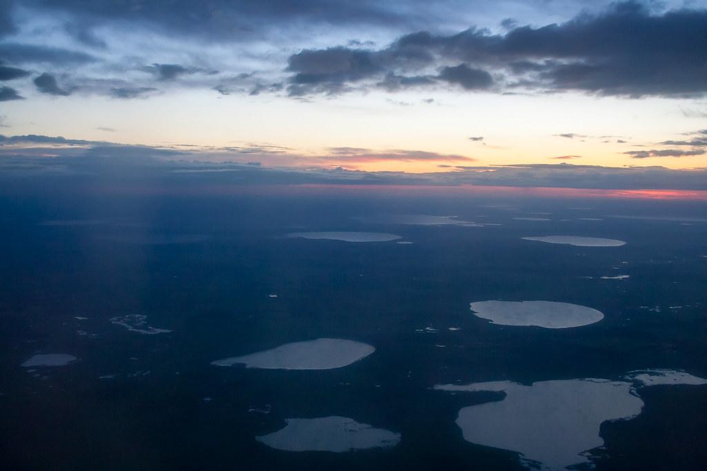 Москва. Полет обратно. Озера на рассвете Справа низу Узункуль, выше Теренкуль