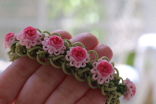 Ruffles-and-Roses-Bracelet