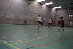 sports(1.0), team sport(1.0), player(1.0), football(1.0), ball game(1.0), futsal(1.0),
