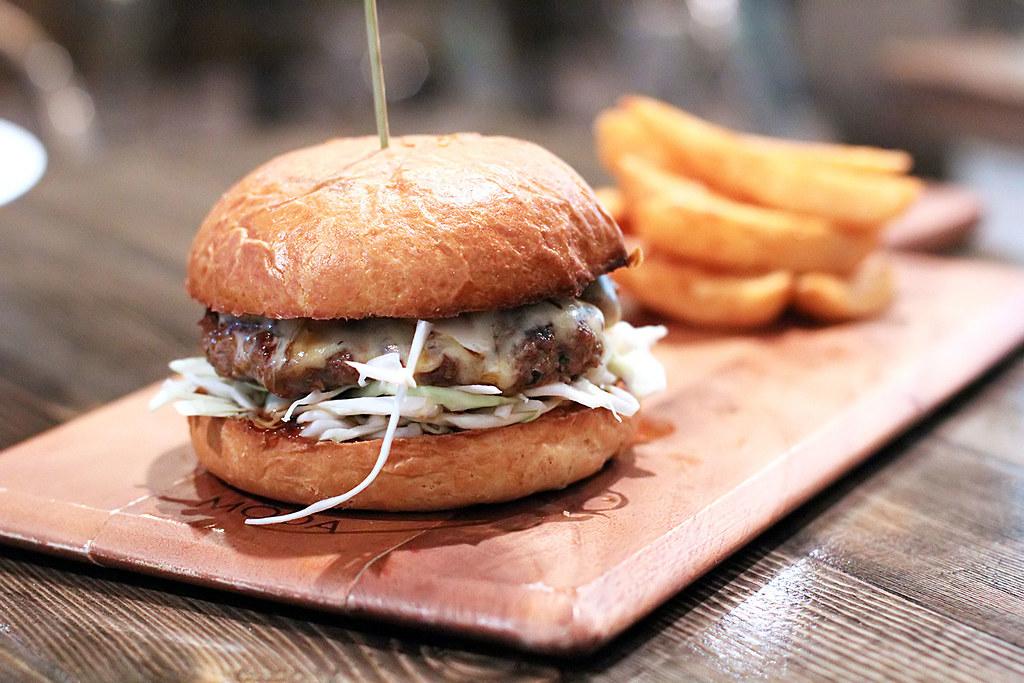 Home style lean patty, bulgolgi sauce, milky mayo and pickles on a brioche bun