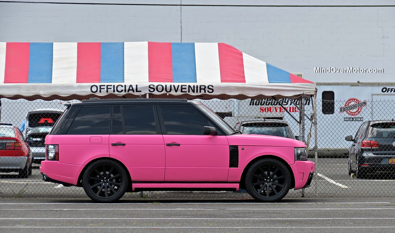 Waterfest 20 Pink Range Rover