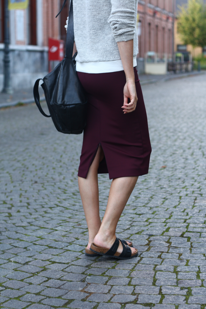 pencil skirt birkenstock sandals salina