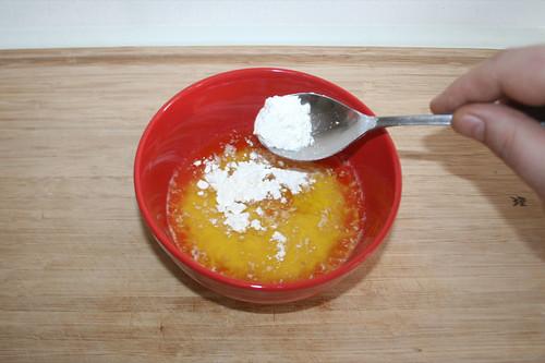 13 - Mehl addieren / Add flour