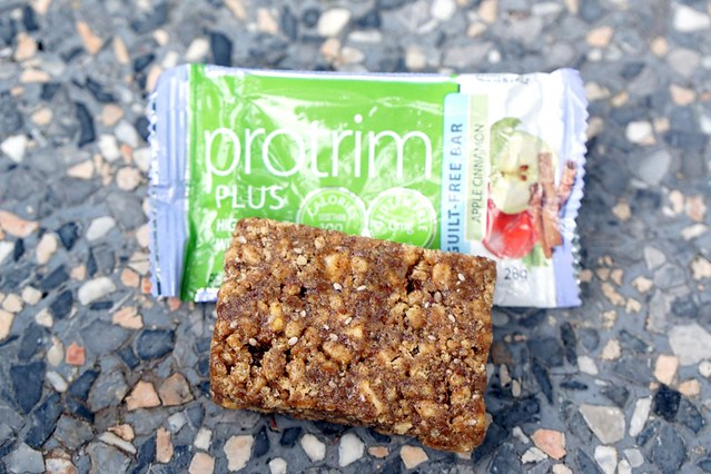 Protrim bar review - apple chia seed