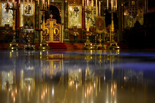 italy reflection church reflex nikon italia interior low perspective iglesia chiesa igreja reflejo 209 luce trieste triest riflesso ortodox d7100 unusualviewsperspectives salonpolski