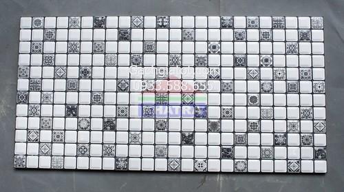 15209900161 295c5b2732 Gạch ốp tường 3D