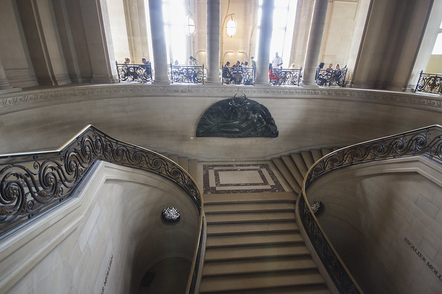 PARIGI. MUSEO DEL LOUVRE