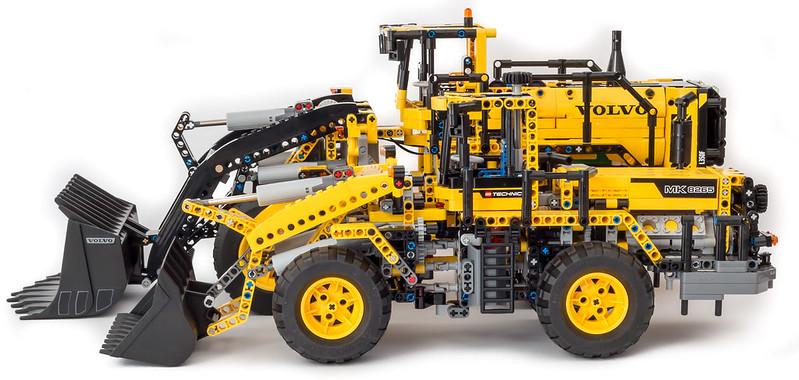 review 42030 volvo l350f wheel loader page 7 lego. Black Bedroom Furniture Sets. Home Design Ideas