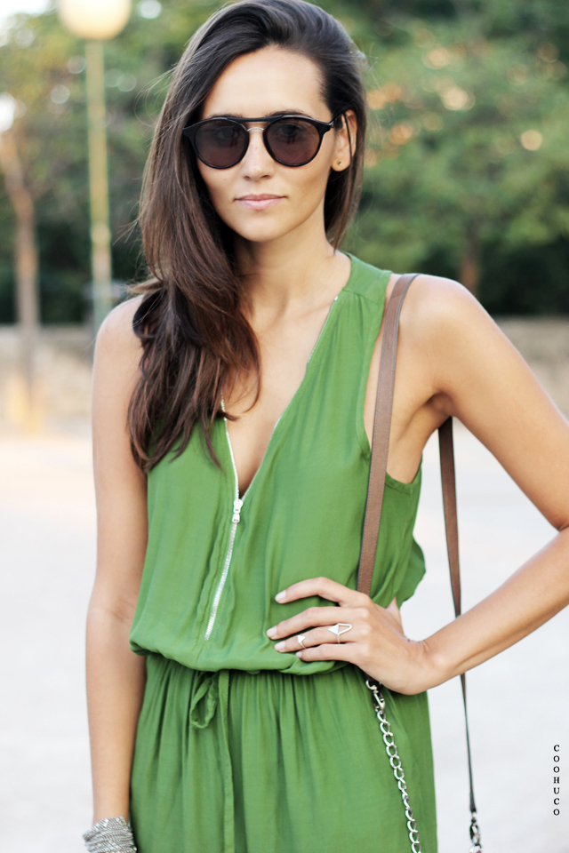 green jumpsuit coohuco 8