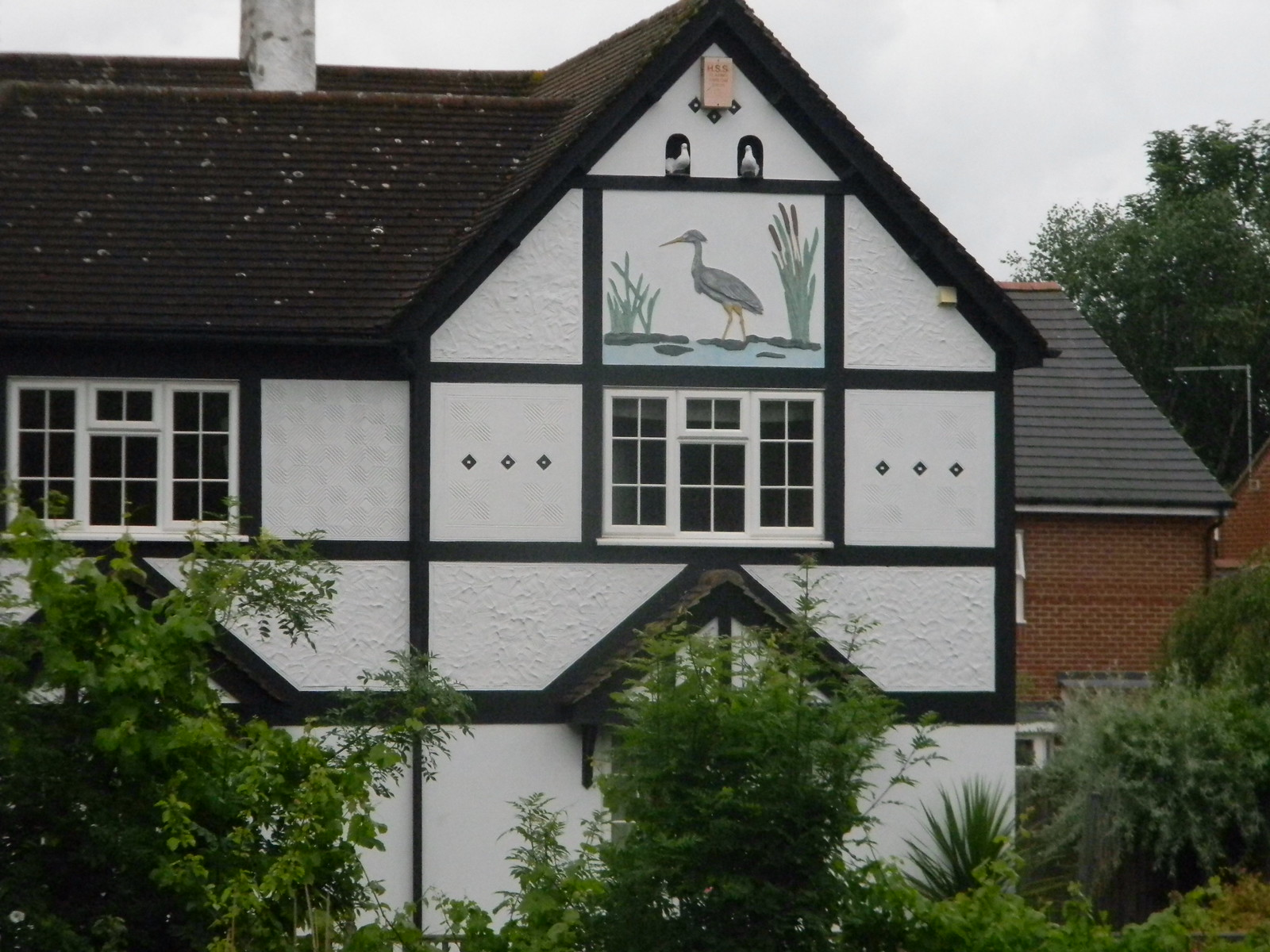 Heron and Doves Decorated house near Bishop Stortford. Sawbridgeworth to Bishop Stortford