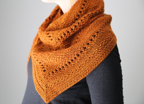 http://www.ravelry.com/patterns/library/aeris