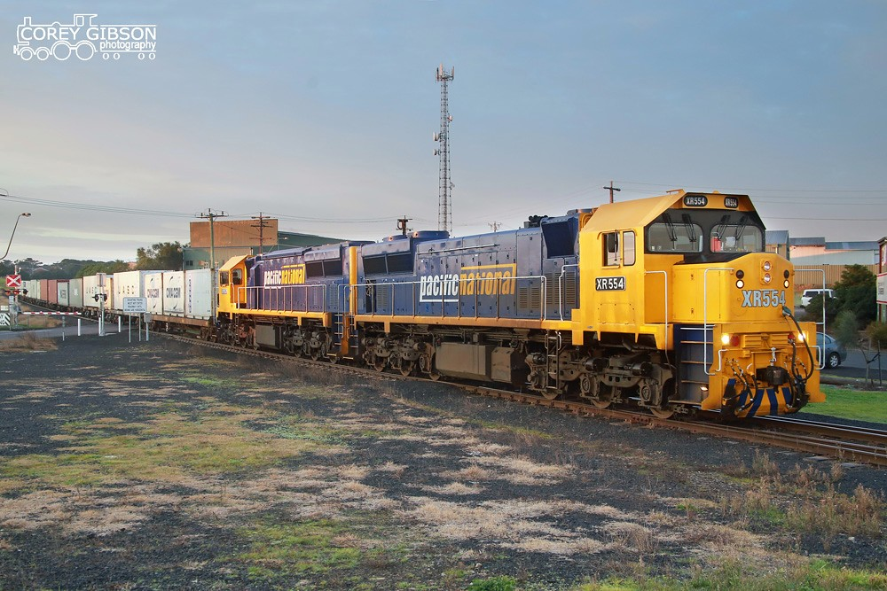 XR554 & XR557 with the 9203 Warrnambool freight arriving at the container yard by Corey Gibson