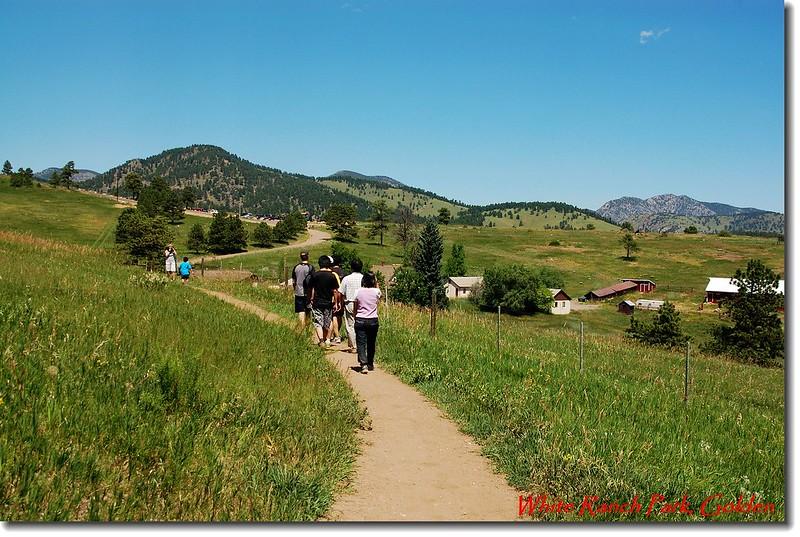 草原、農莊、步道