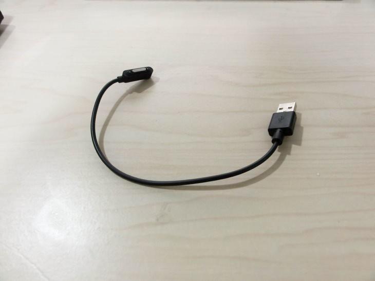 非純正マグネット充電ケーブル