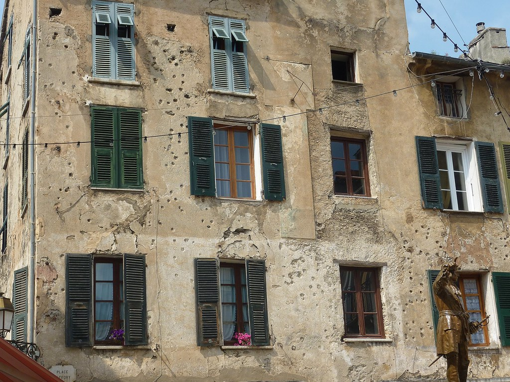 KORSIKA, Corte , historisches Haus mit Einschusslöchern,  11428/3889