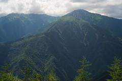 辻山展望台より北岳、間ノ岳