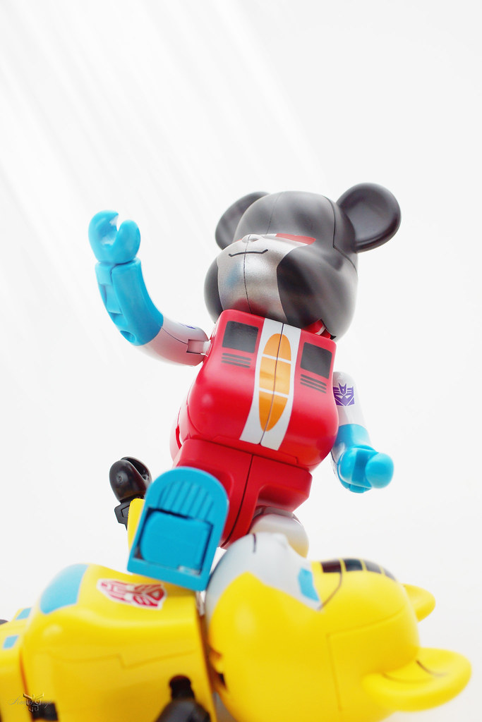 Starscream bearbrick