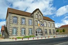 Mairie in Bas et Lezat - Photo of Saint-Genès-du-Retz
